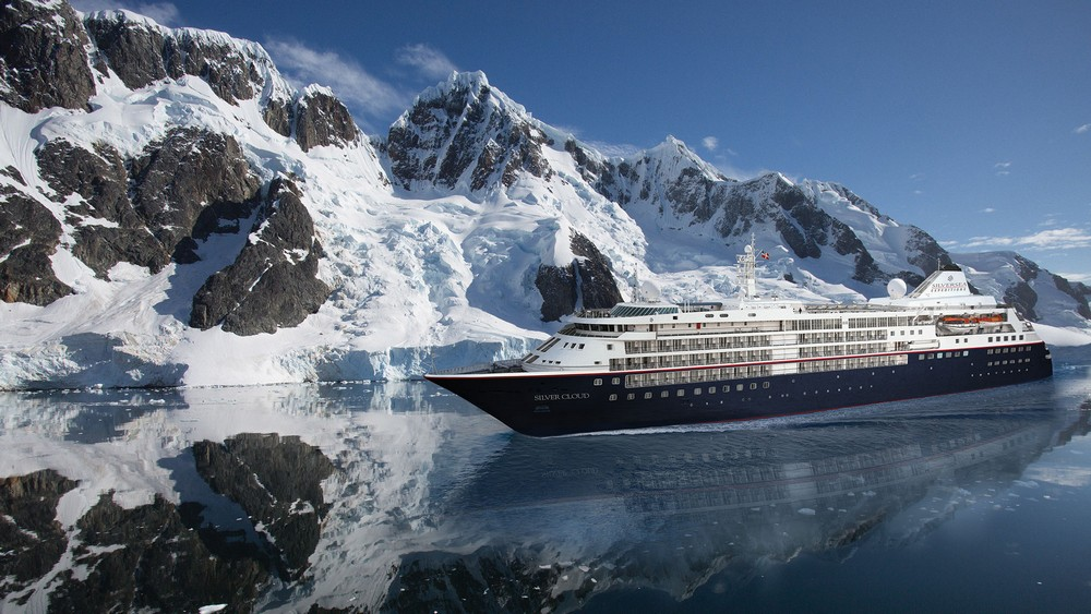 silver-cloud-expedition-with-booth-island-antarctica-courtesy-silversea-cruises