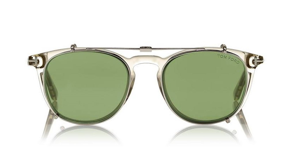 tom-ford-sunglasses-notch-bridge-embed