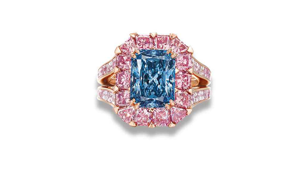 coloured diamond ring by moussaieff