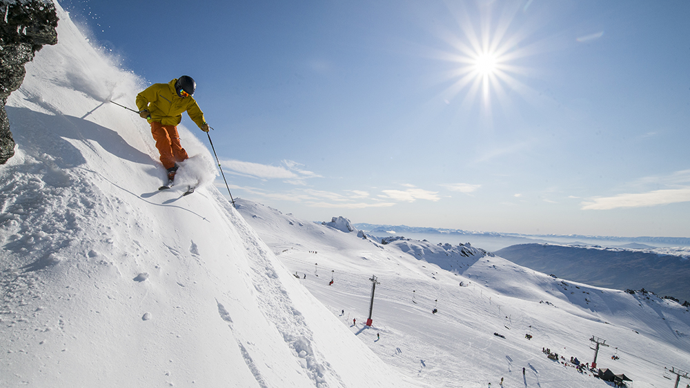 Cardrona Alpine Resort ski powder2