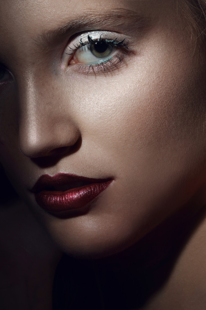 Edytorial Beauty: In The Dark