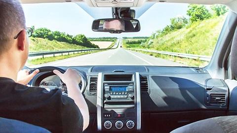 Condução eficiente: truques para poupar combustível