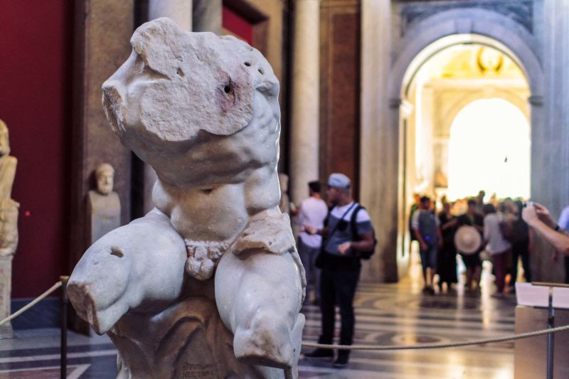Does this sculpture look familiar? It was one of Michelangelo's favorites and shows up again and again in his paintings.