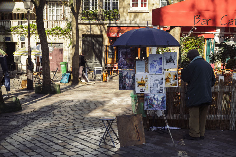 Montmartre was once home to some of the most renowned artists in the 20th century. Today it still holds that heritage close to its heart.