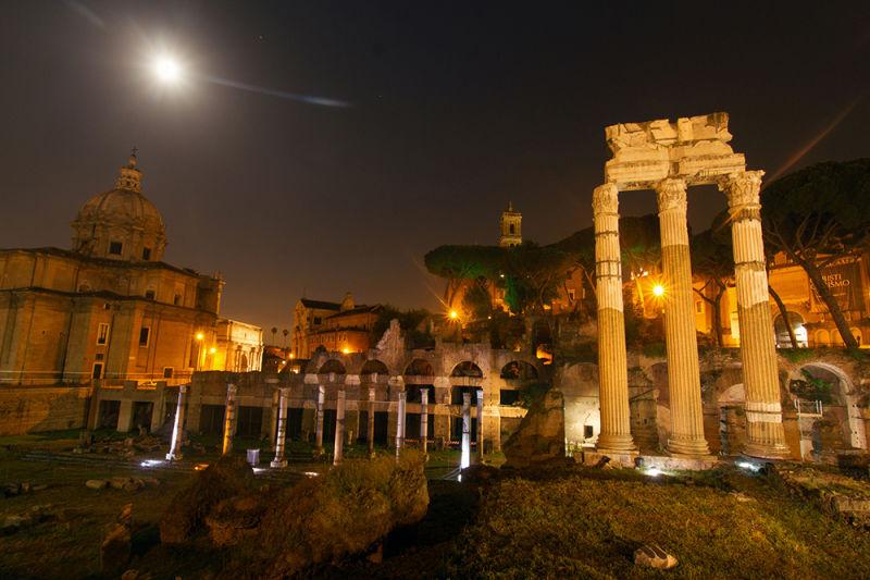 Colosseum Night Tour with Colosseum Underground   Walks