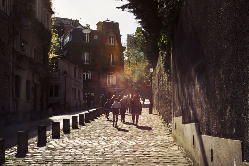 The cobbled streets of Montmartre are the perfect setting for the first part of this Paris city tour.