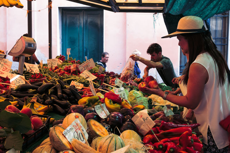 Fresh produce has been coming into the Rialto Market from around the Region for hundreds of years.