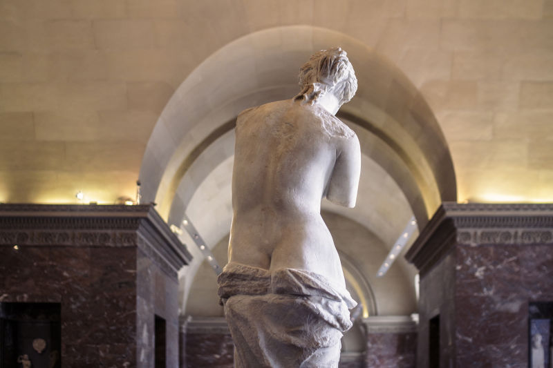 Great works of art, like the Venus de Milo, are so much more enjoyable when experienced from every angle.