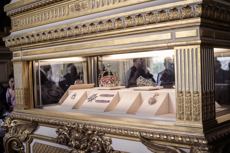 France's crown jewels are one of the highlights of any Louvre tour.