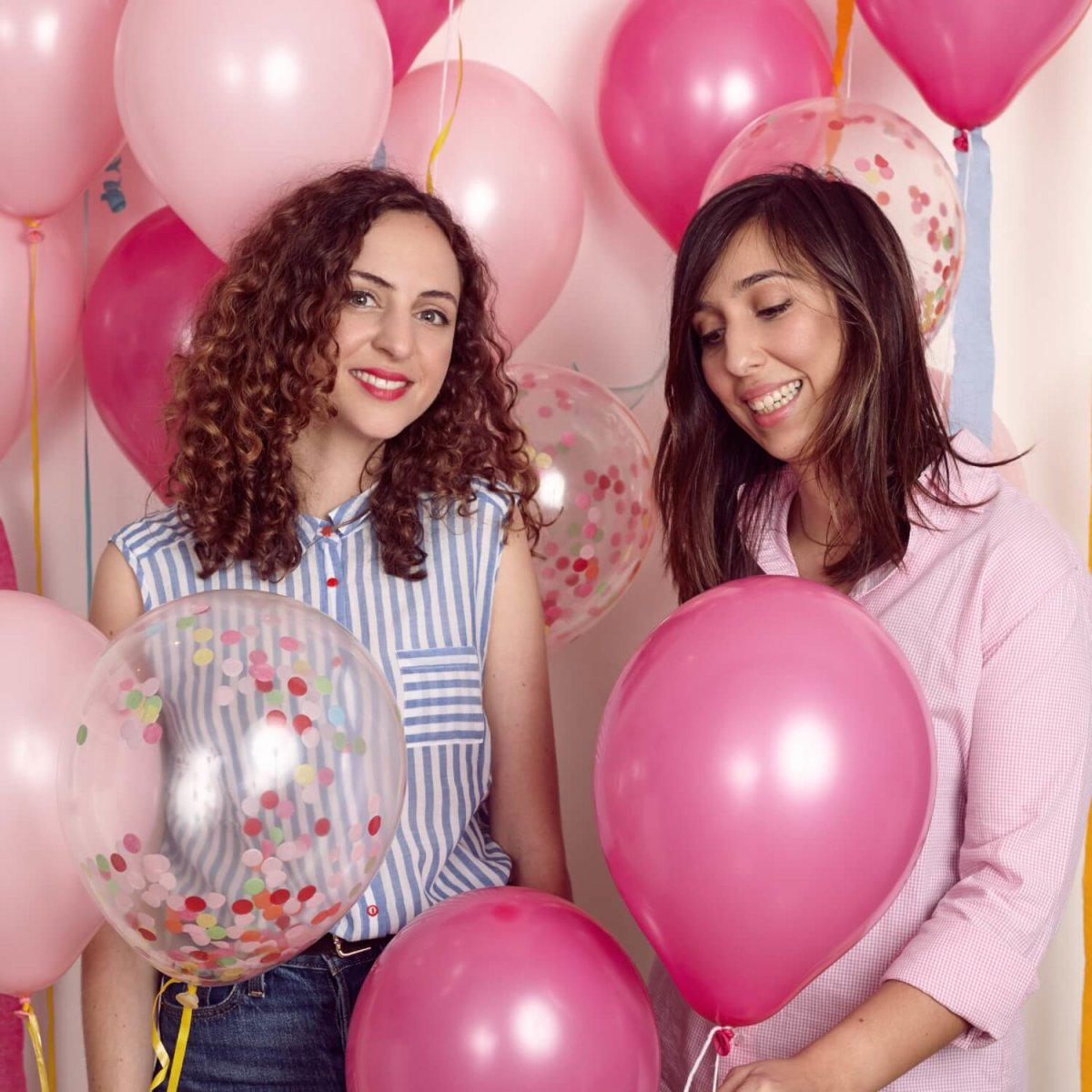 poptails-business-owners-pink-balloons