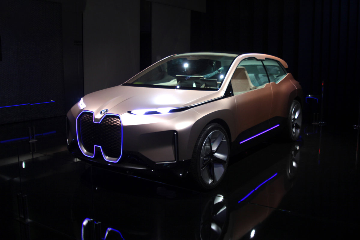 5G with BMW iNEXT