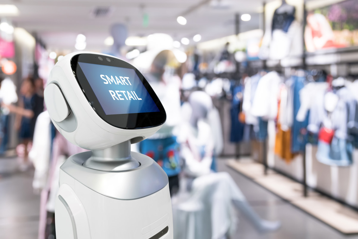 AI robot working in a retail store