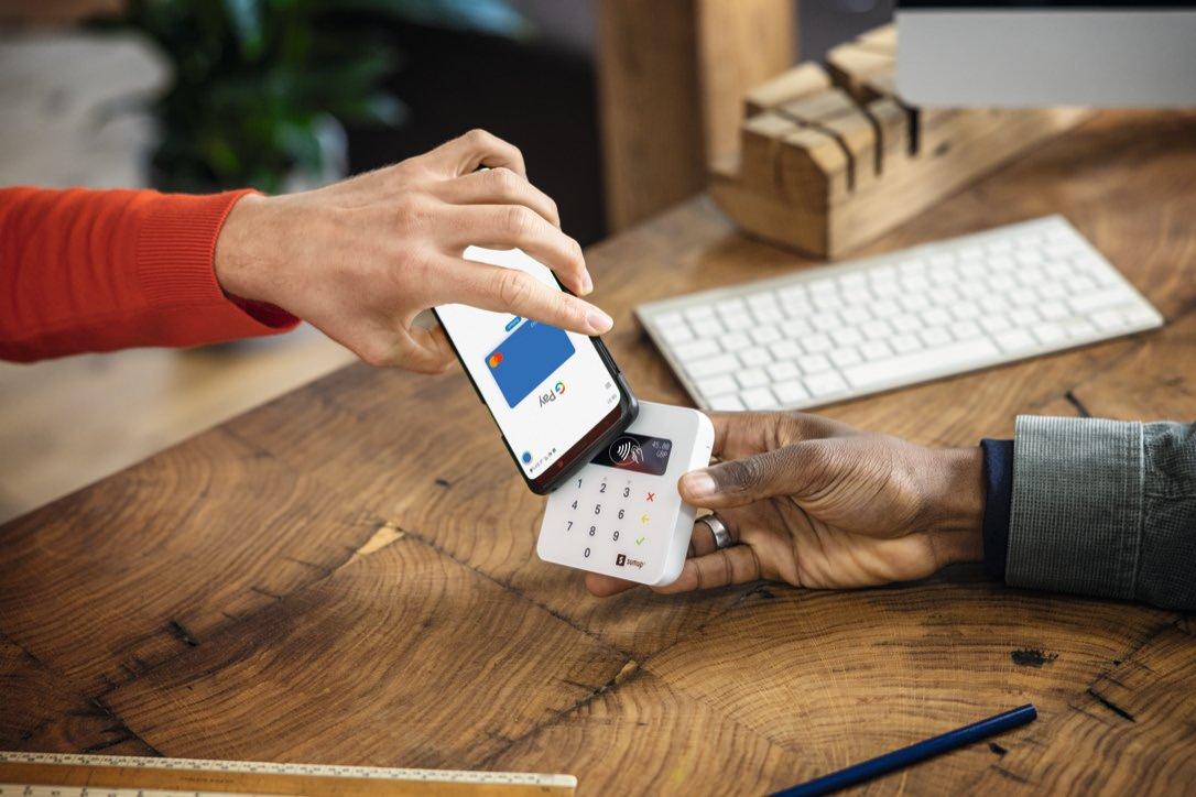Customer pays via Air Bundle and mobile phone