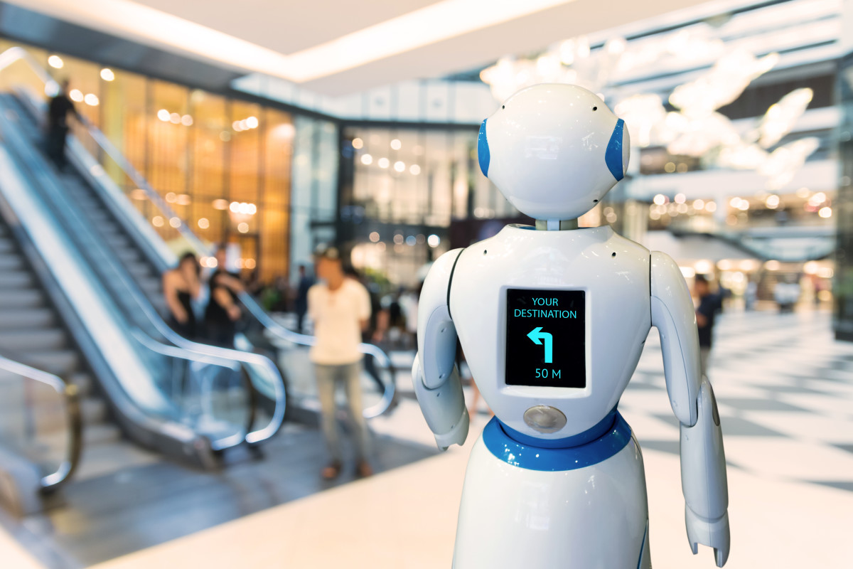 robot in retail mall