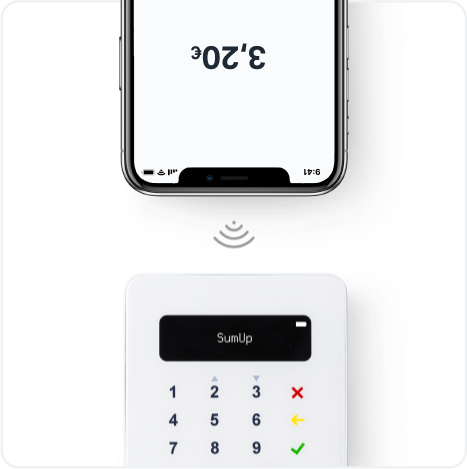 A smartphone connects to the SumUp Air card reader