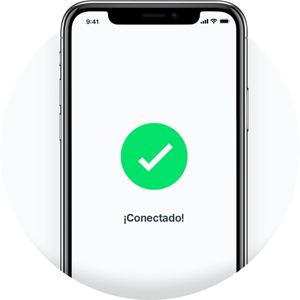 Un smartphone se conecta al lector de tarjetas SumUp