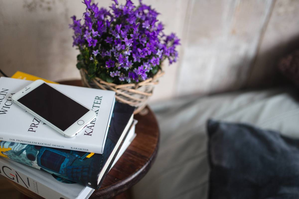 flowers-and-books