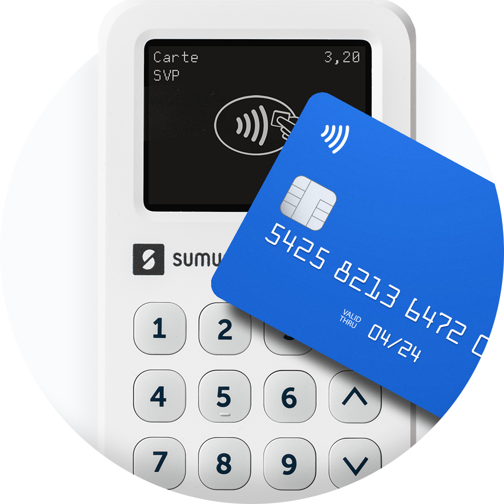 A payment card hovers over the SumUp 3G card reader