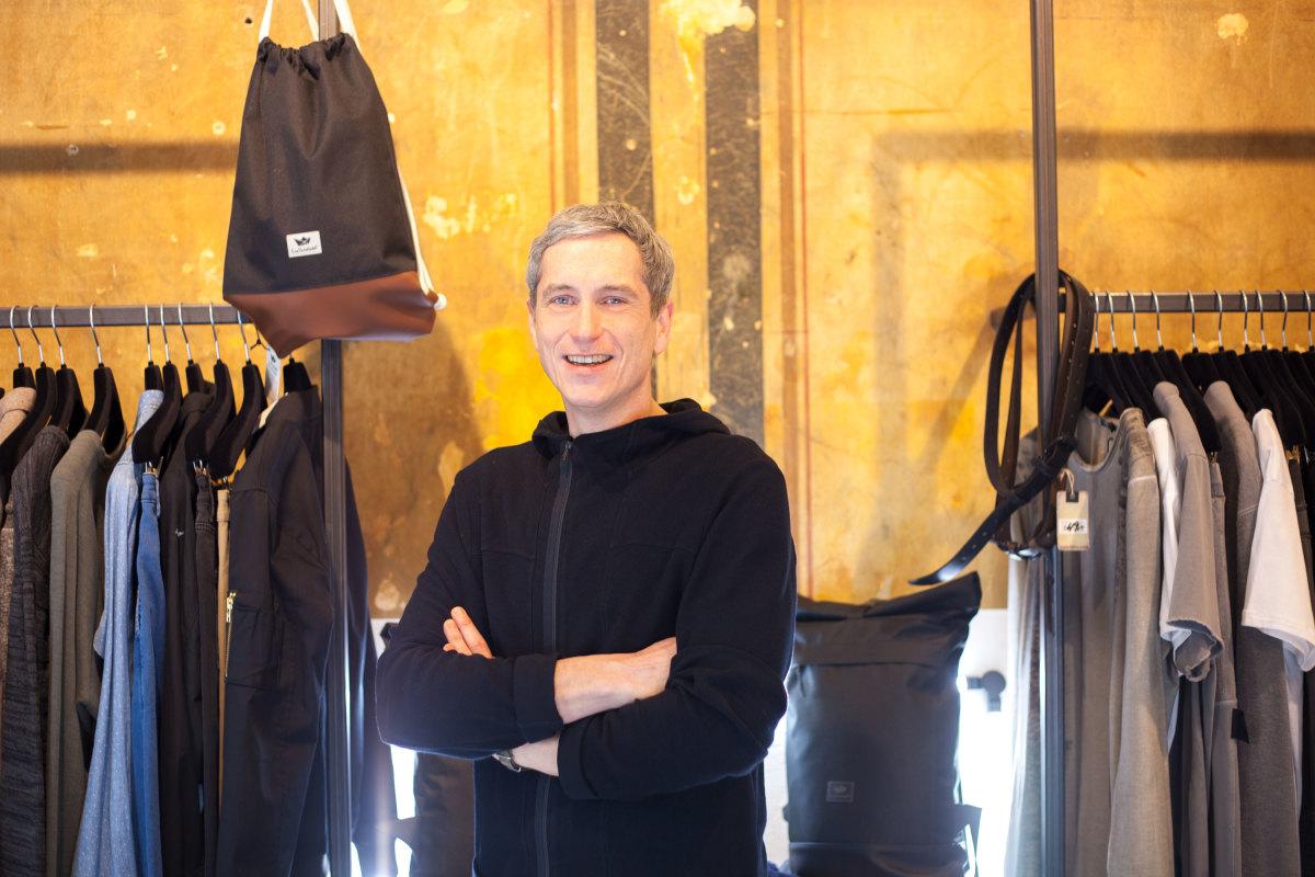 adrett-business-owner