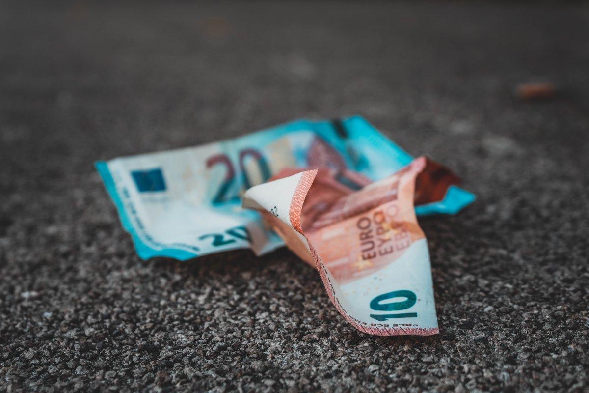 bargeld-wie-erkenne-ich-falschgeld