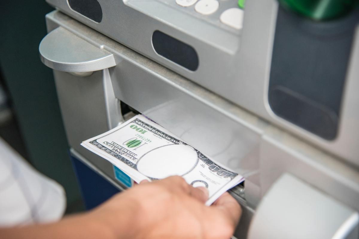 bankautomat-wie-erkenne-ich-falschgeld