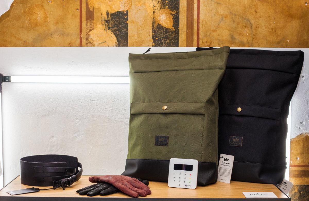 adrett-air-and-bags