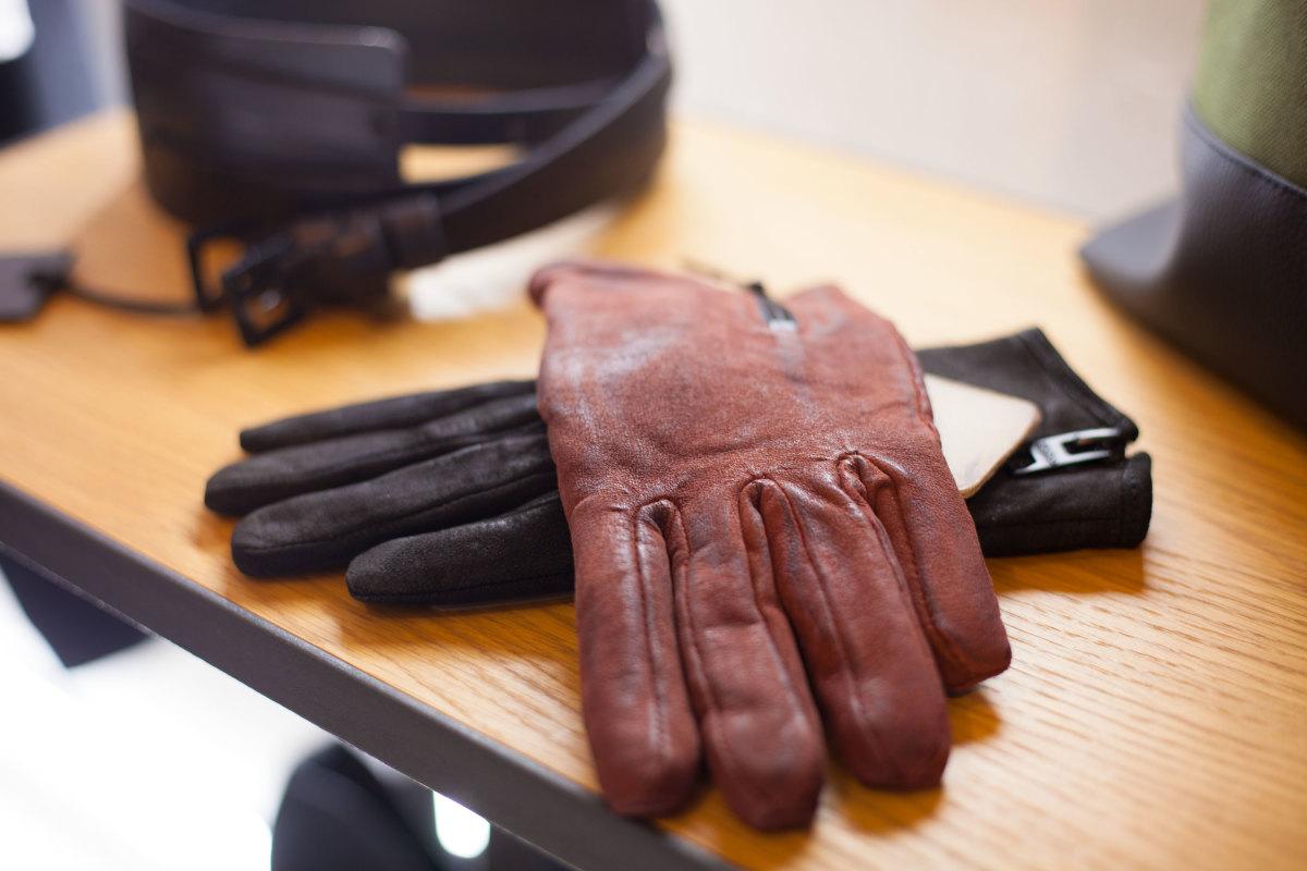 adrett-gloves