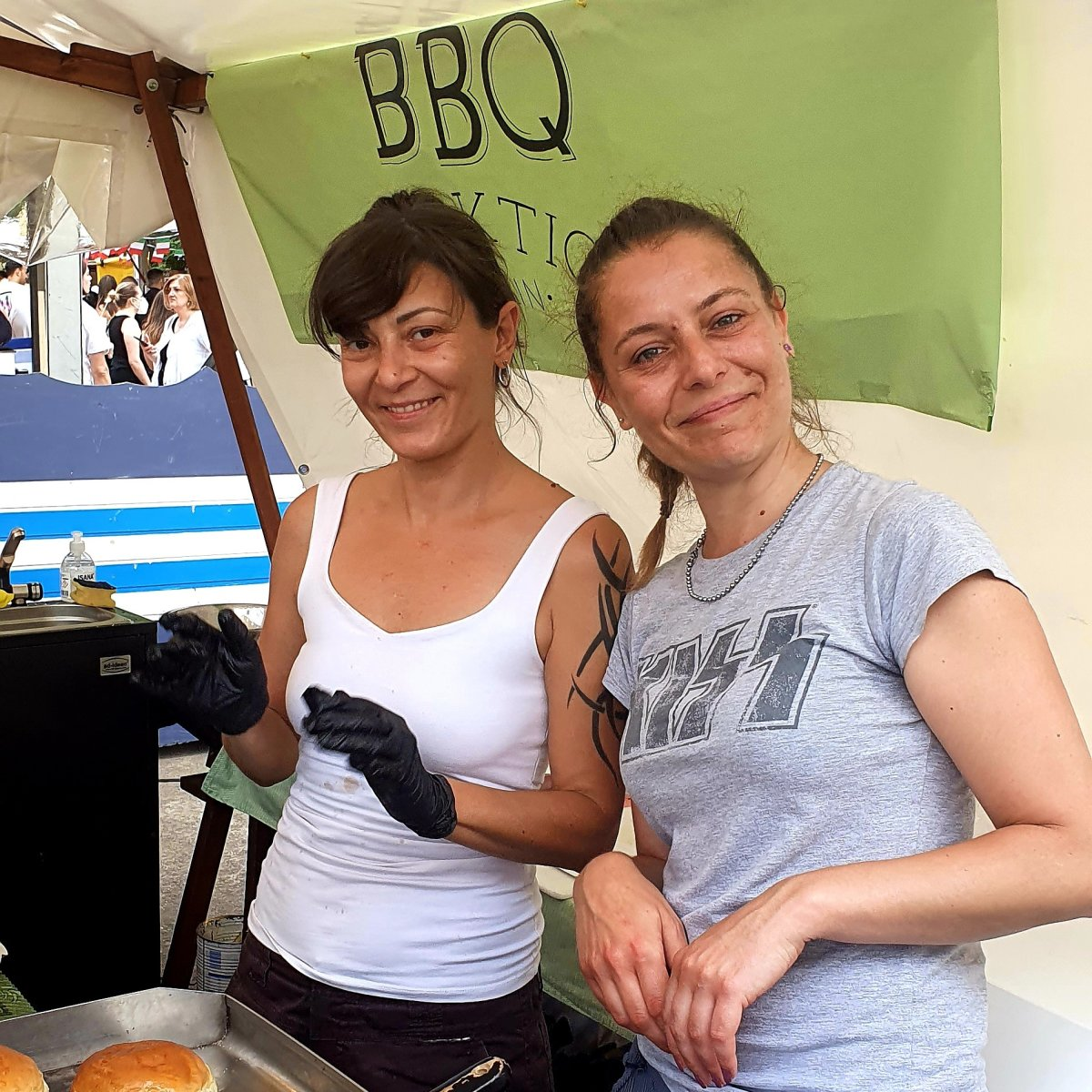 Veronika & Milena von der BBQ Fraktion beim Italian Street Food Festival