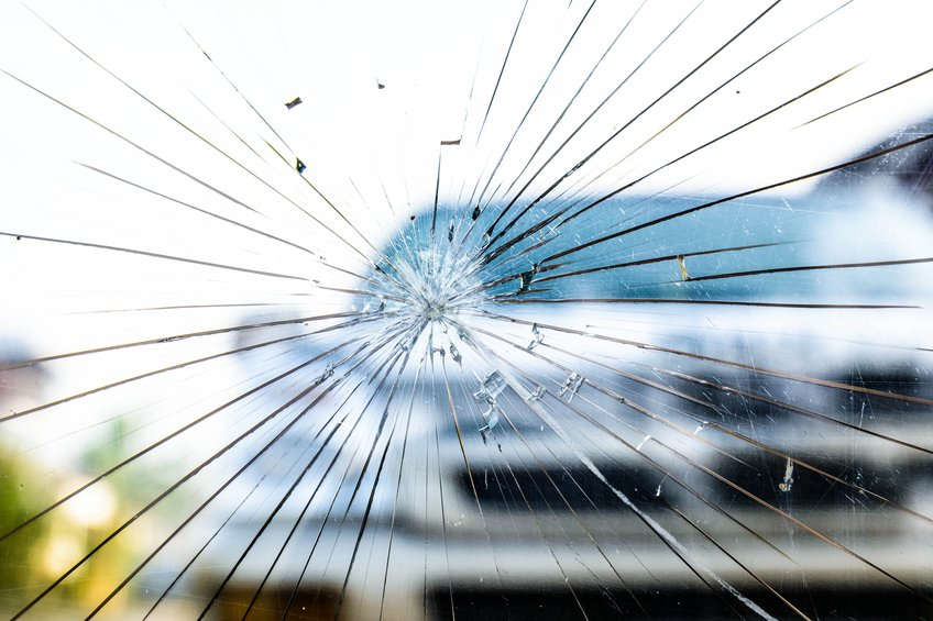 Shine Lawyers | Broken Windshield from accident | Shine Lawyers