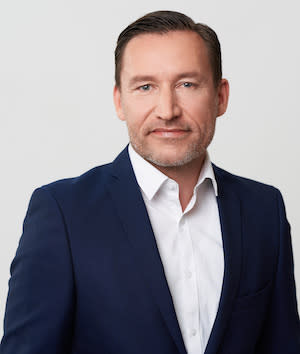 Carsten Fetzer ist Chief Marketing Officer bei Bloxxter.