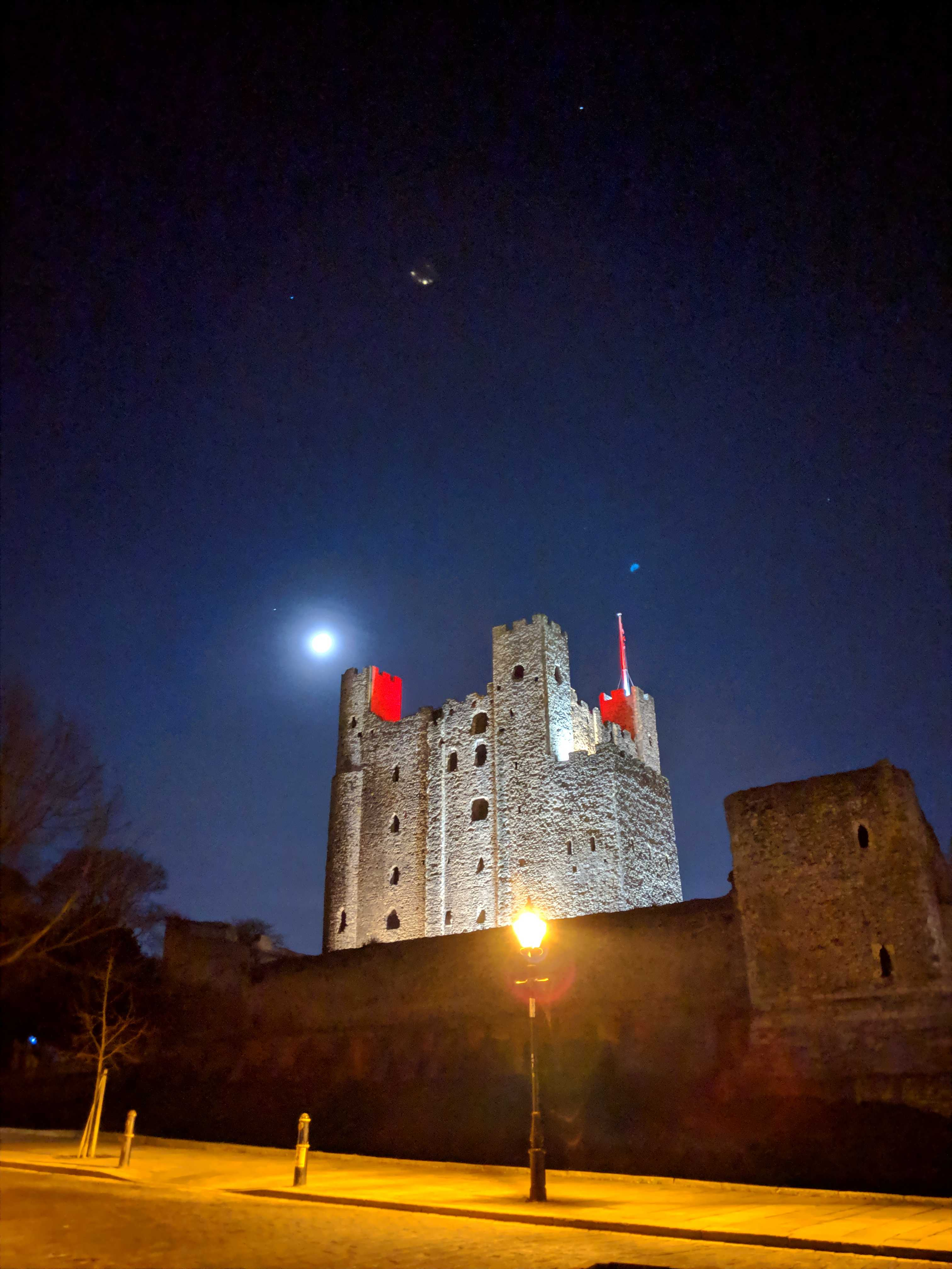 Rochester Castle at night