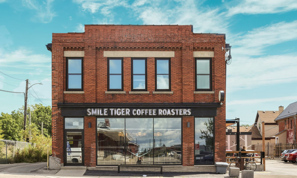 Exterior of Smile Tiger in Kitchener
