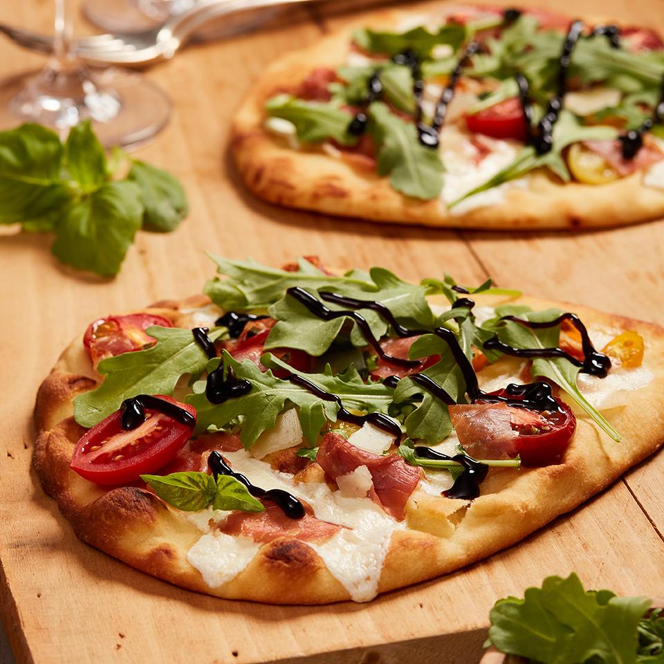 prosciutto arugula flatbread pizza