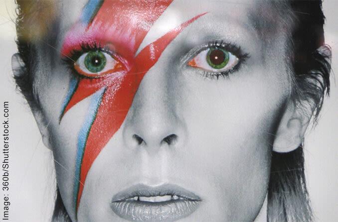 David Bowie's eyes with anisocoria