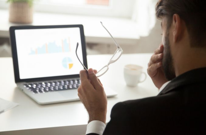 Bilgisayar Ergonomisi, gergin gözlere yardımcı olabilir