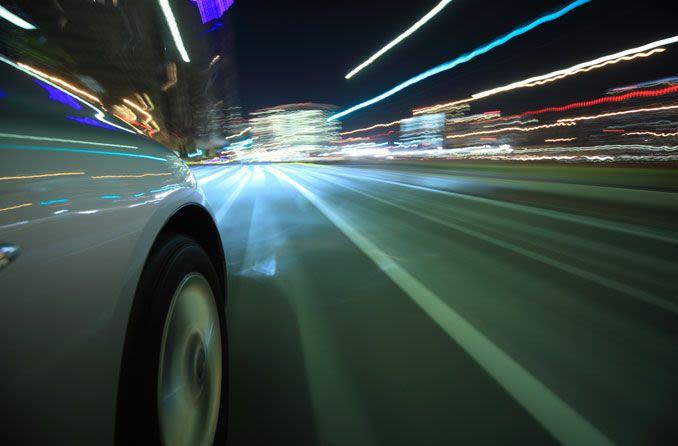 Gece araba sürmek