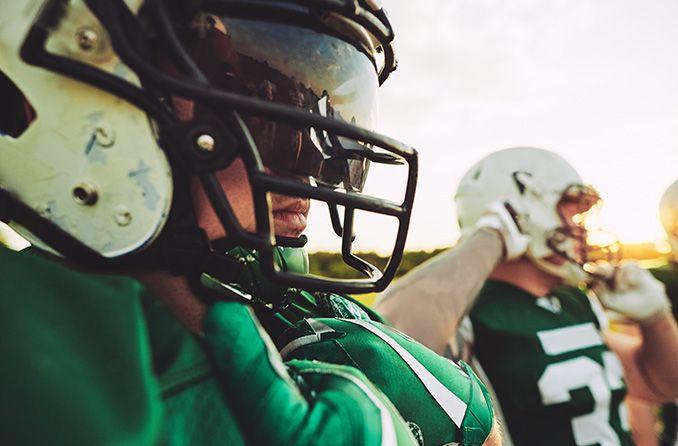 NFL, Oakley partner on player helmet visors