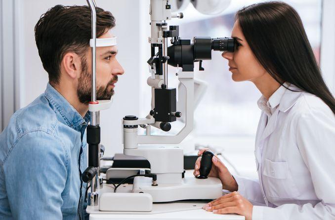 أهمية فحص العين لصحة العين