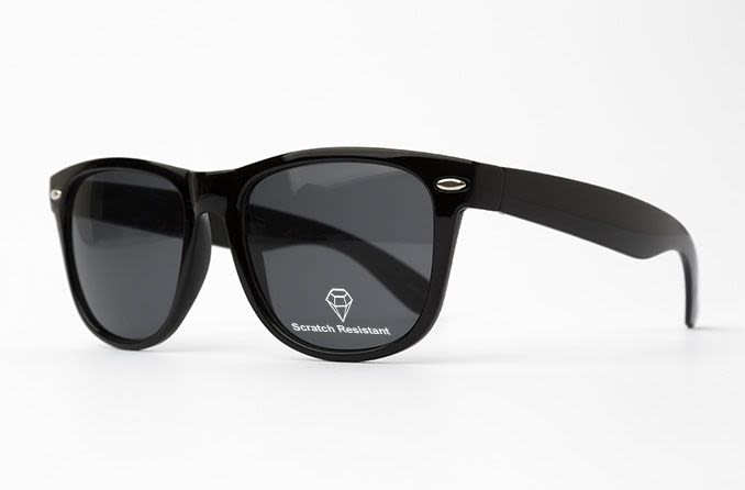 Scratch resistant sunglasses