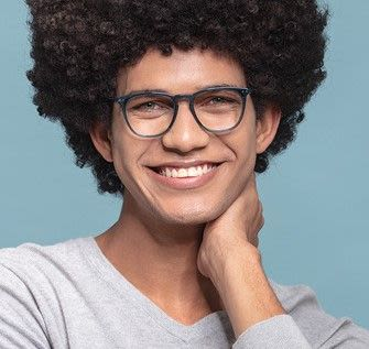 Man wearing trendy eyeglasses