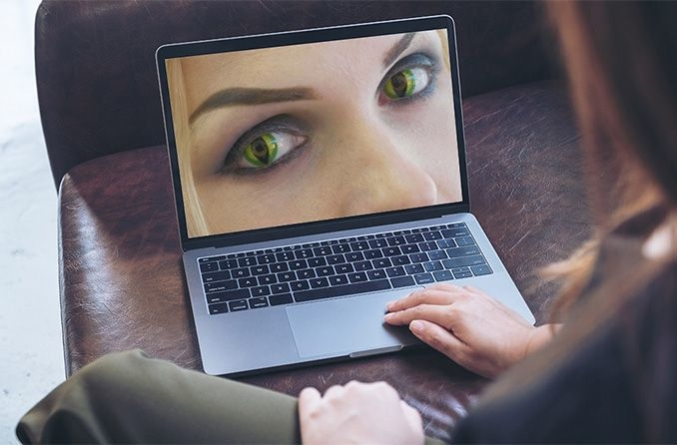 Woman searching for halloween contacts online