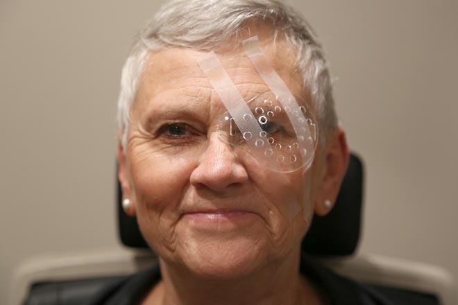 Parche protector para el ojo