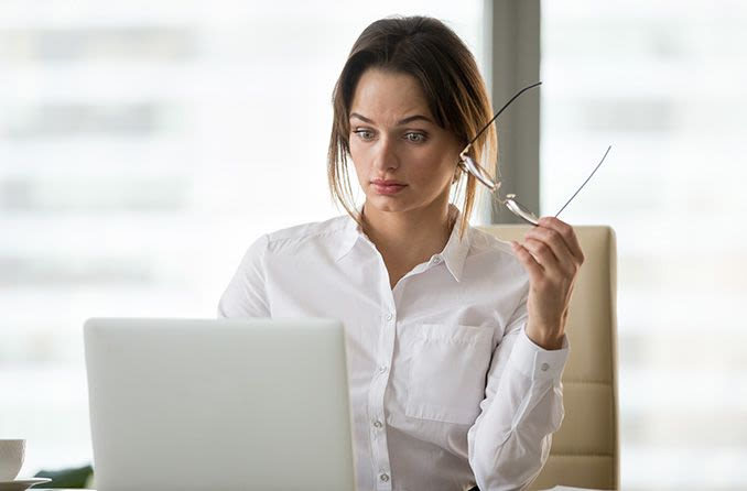 Woman searching for contact lenses online