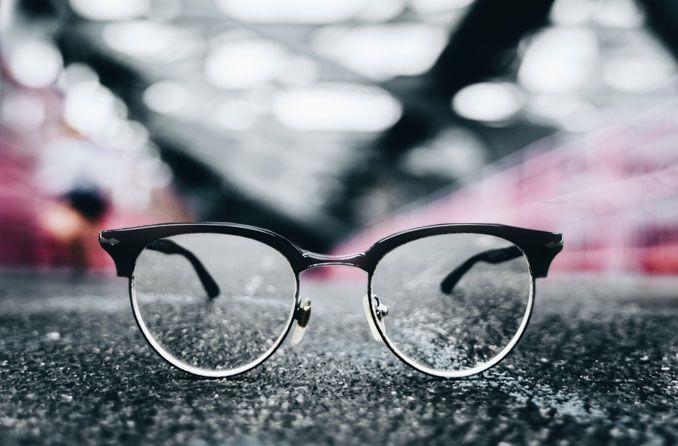 How to find durable men's eyeglasses