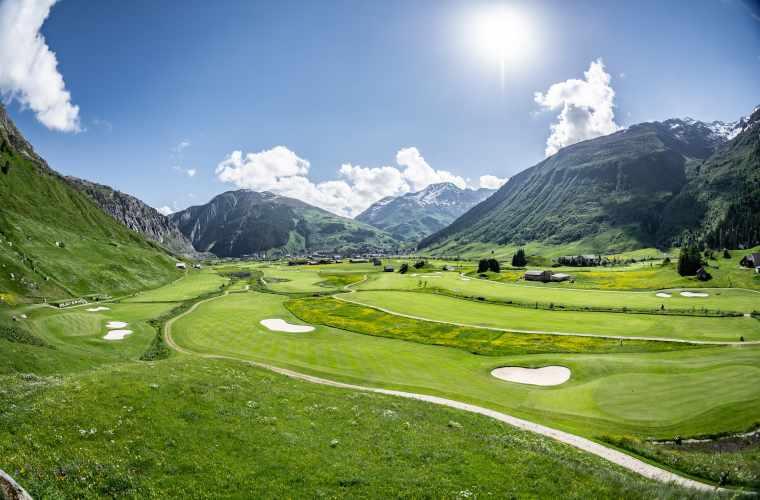 Andermatt_Golf_Panorama_2018_Valentin_Luthiger.jpg