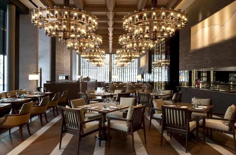 Low_CAM-Dining-The Restaurant-Main Dining 03.jpg