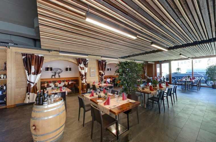 Restaurtan_Steakhouse.jpg