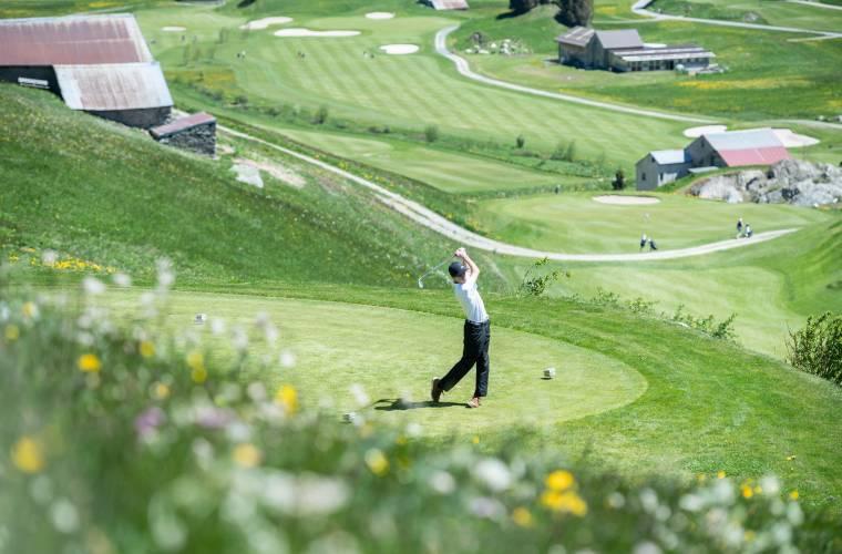 Golf_Joshua Hess_Mai20_Valentin Luthiger (20).jpg