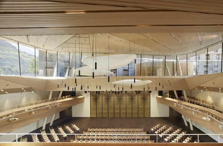 Architekturbilder Andermatt Konzerthalle_Roland Halbe (15).jpg