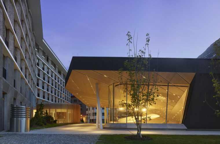 Architekturbilder Andermatt Konzerthalle_Roland Halbe (12).jpg